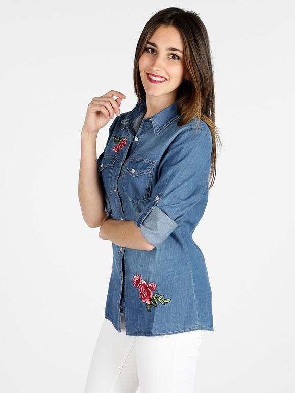 Camisa de mezclilla con flores bordadas mujer | MecShopping