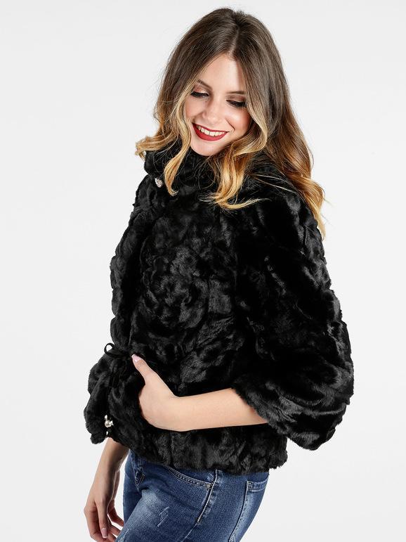 giacca in pelliccia nera