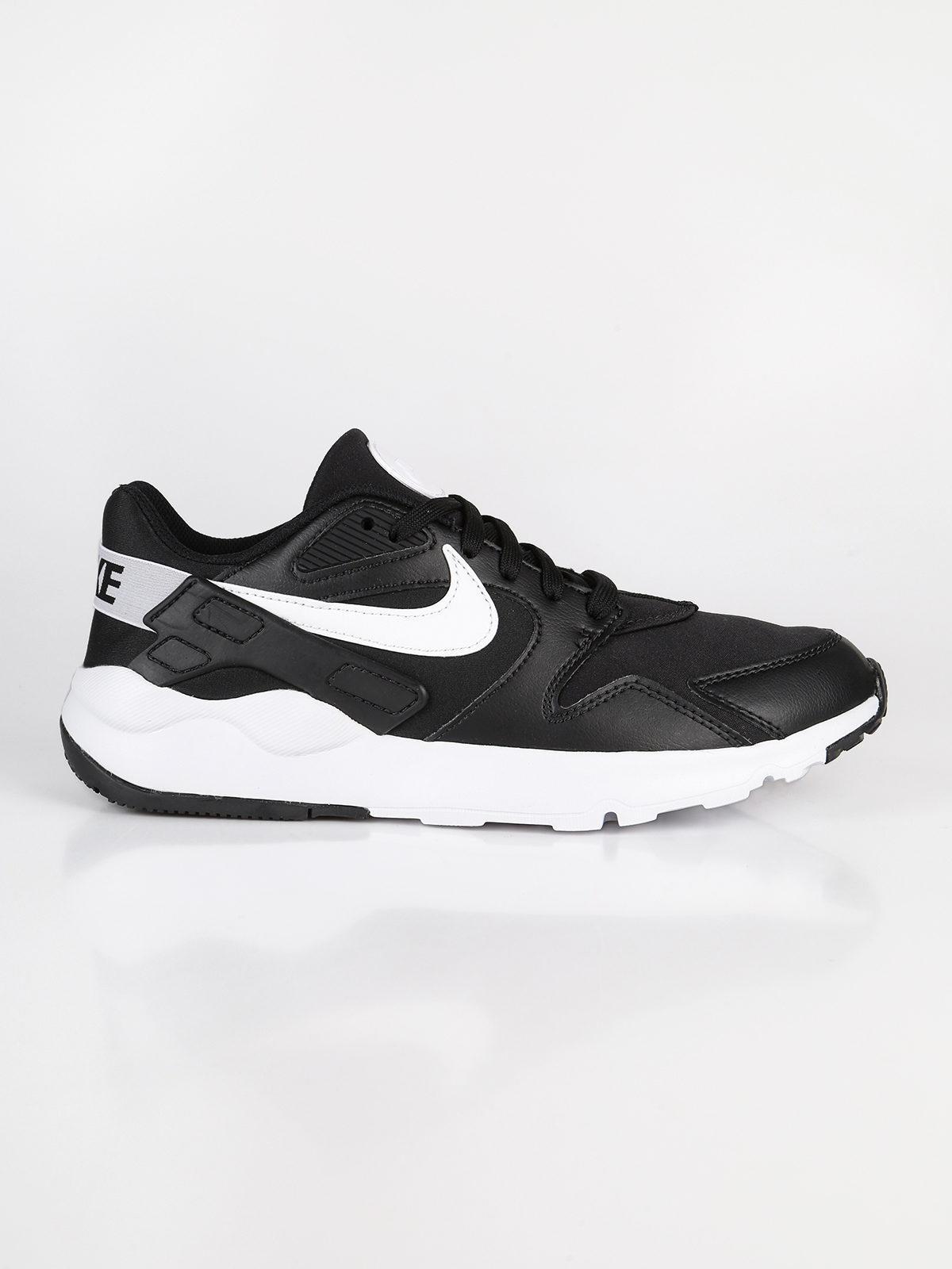 nike sportswear bianche e nere