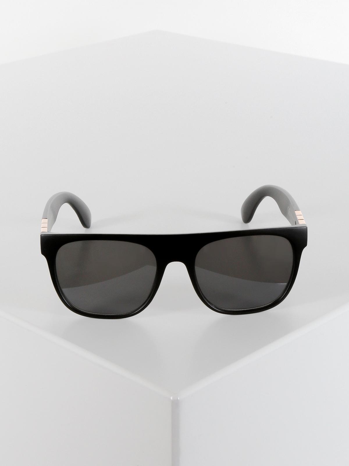 899ed365c1 Occhiali da sole effetto pelle di serpente seevision | MecShopping