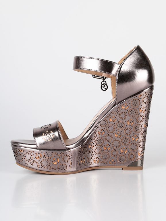 scarpe donna decoltè punta tacco alto suoletta pelle oro argento laminato SS16