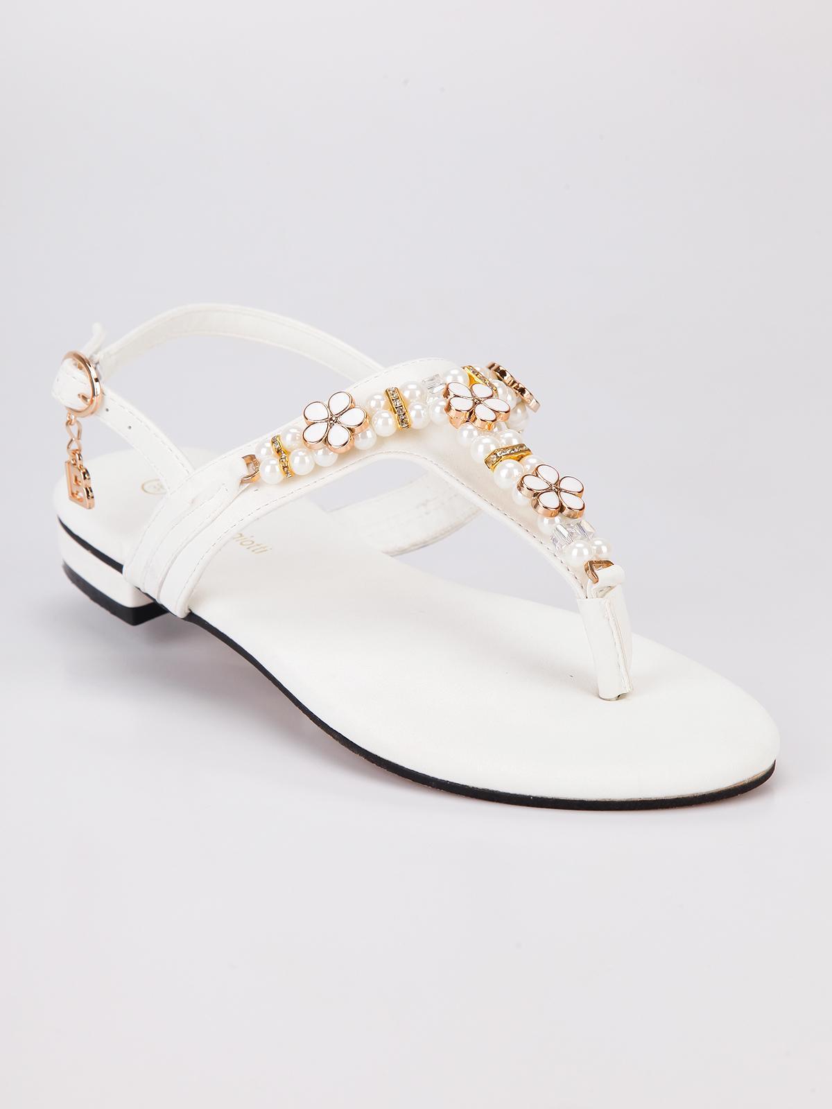 8d6bb2b6df Sandali infradito bianchi con perle laura biagiotti | MecShopping