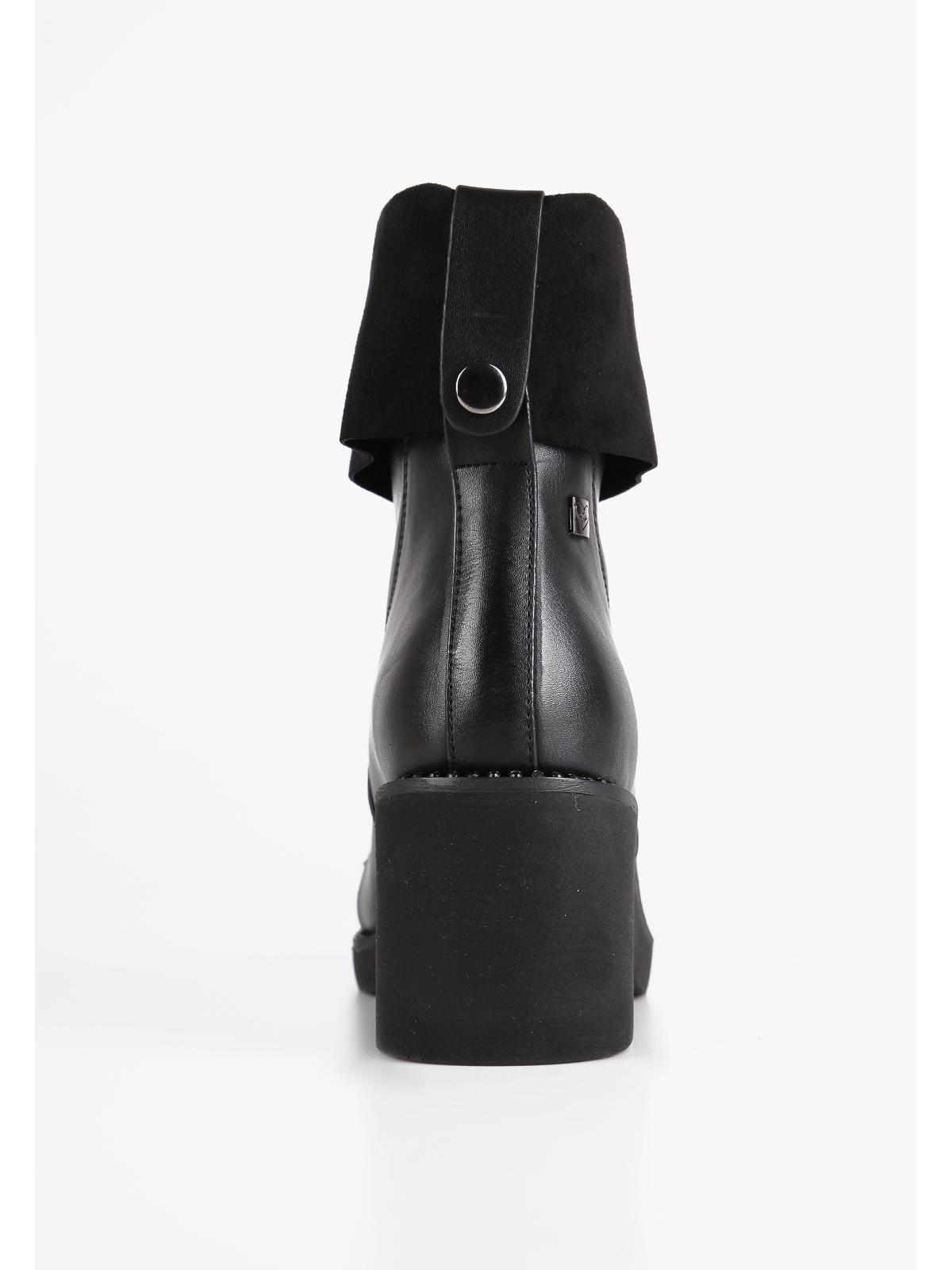 scarpe esclusive outlet online prezzo di fabbrica stivaletti