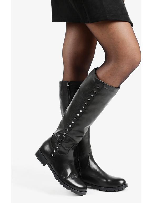 dettagliare stile romanzo vendita più calda Stivali al ginocchio in pelle con borchie gaia de monte ...