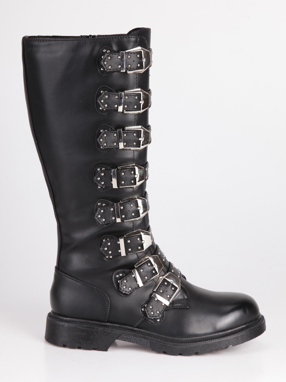 disponibilità nel Regno Unito e26ad 950b3 Stivali alti con fibbie super made | MecShopping