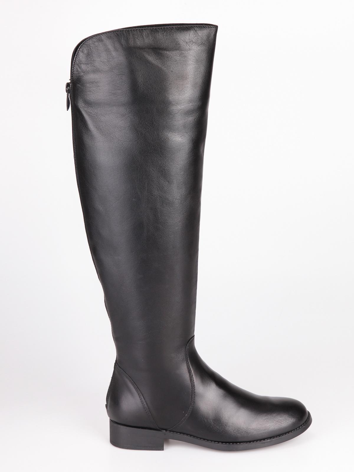GAIA DE MONTE Stivali alti in pelle con tacco basso