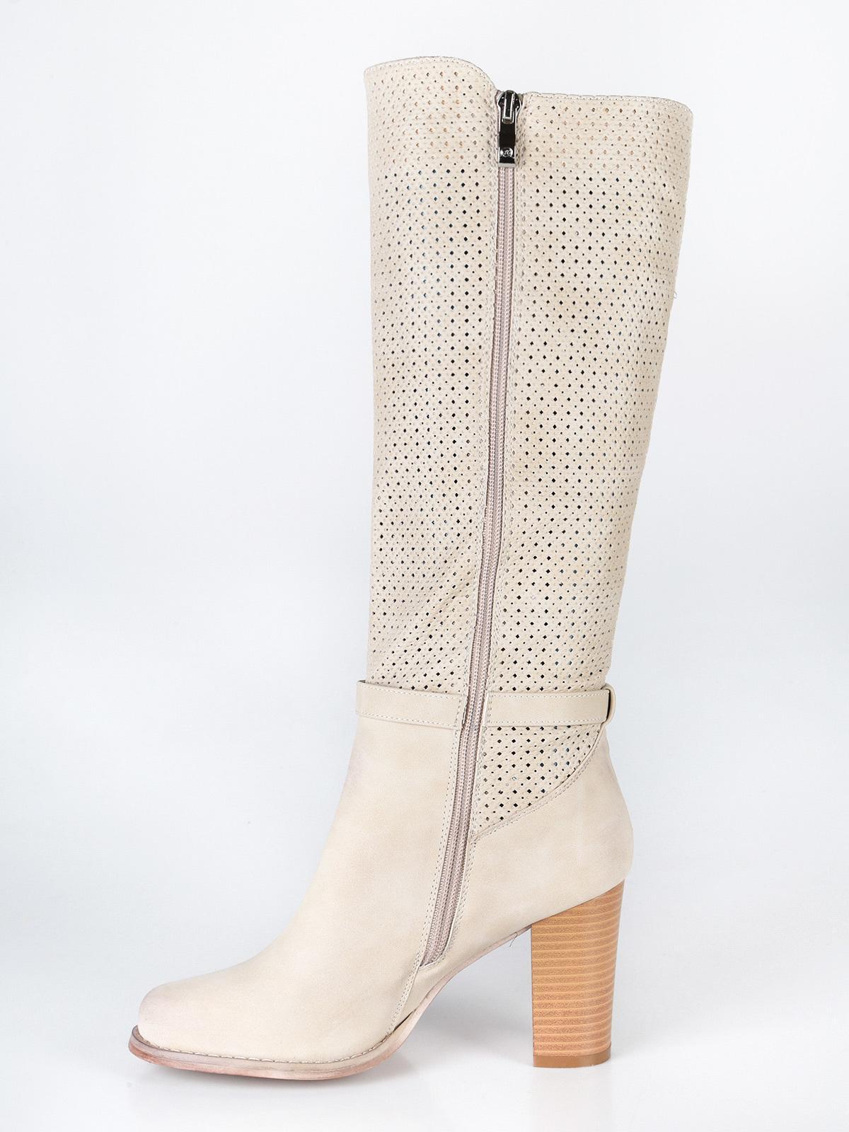 Stivali traforati con fibbia e tacco beige queen helena