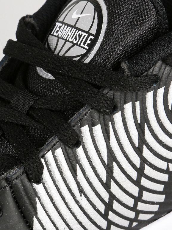 Team hustle D9 - Scarpe da basket nere