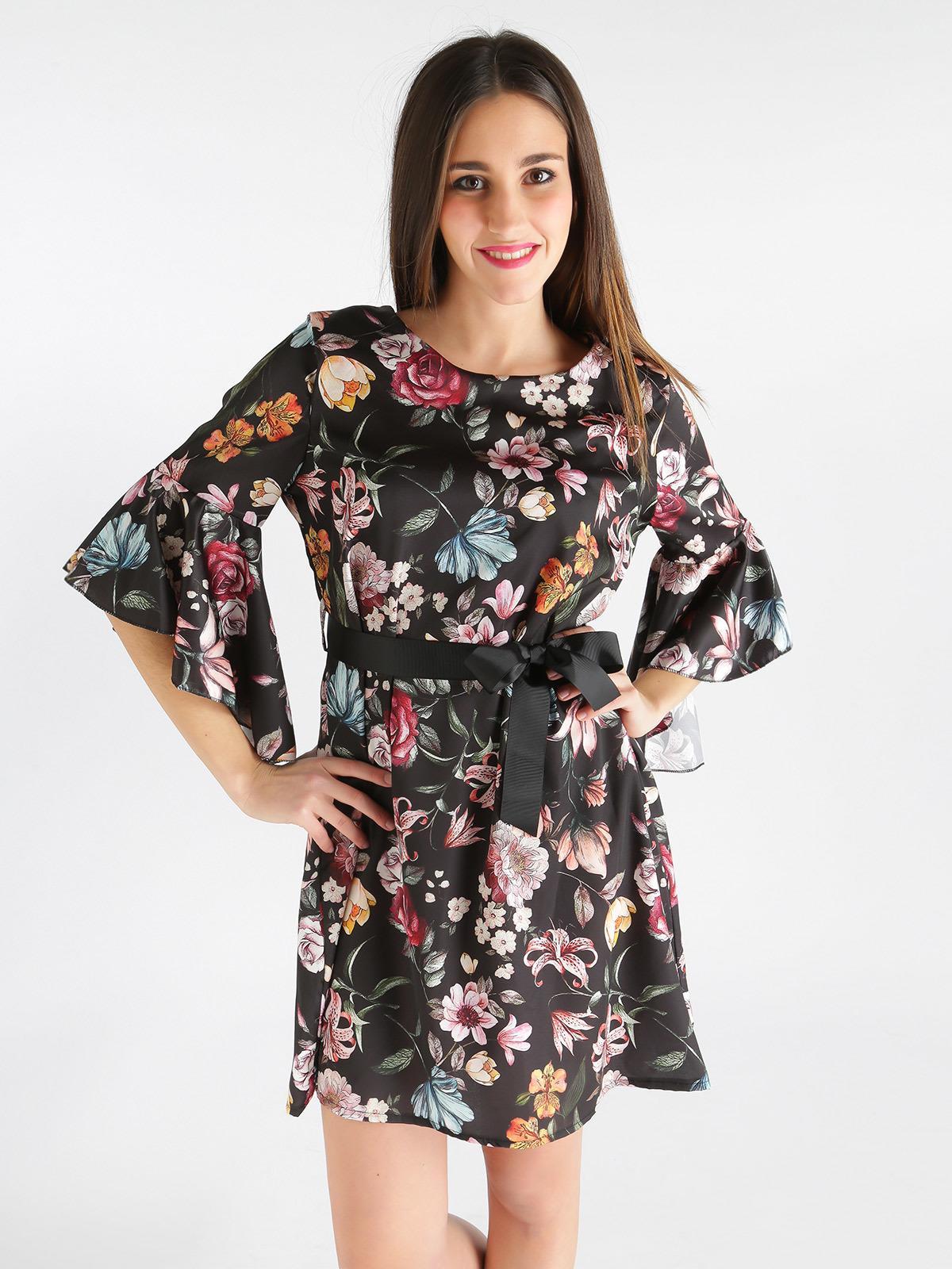 detailed look 4f132 3ef7f Vestito a fiori con maniche a campana new collection ...